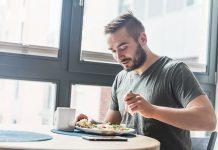 Športnik pri zajtrku
