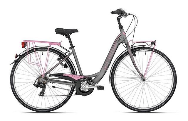 Žensko mestno kolo z dodatno opremo