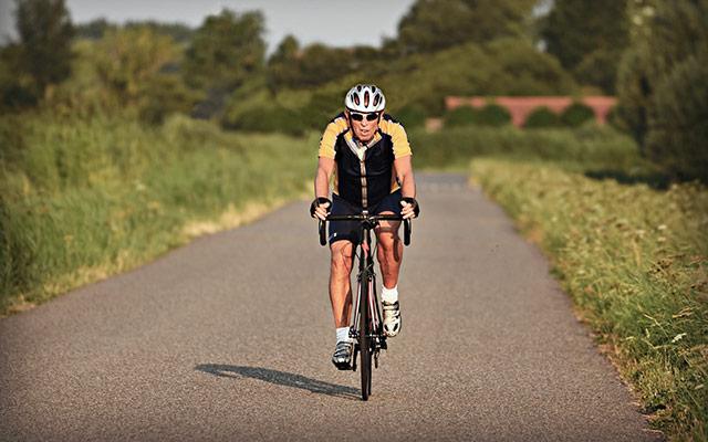 Kolesarjenje in uravnavanje telesne teže