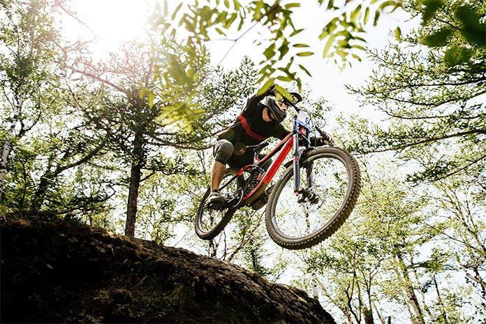 Downhill kolesarjenje