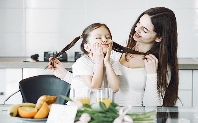 Otroci in zajtrkovanje